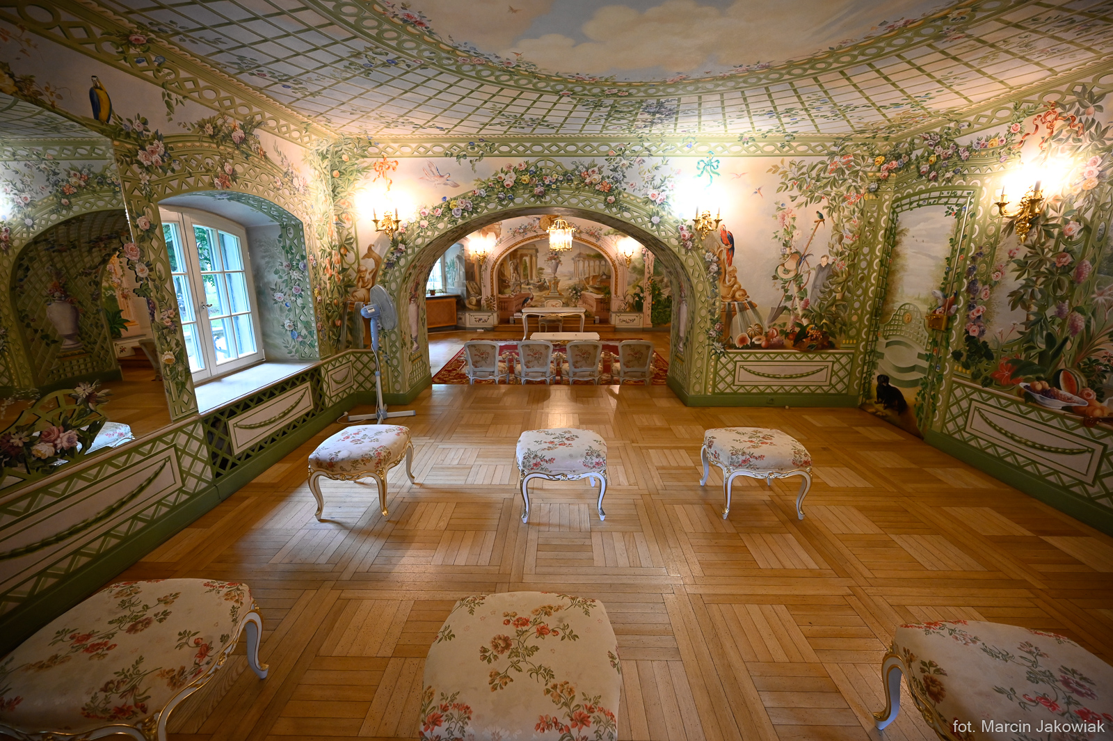 Wnętrze sali ślubnej w USC Białystok
